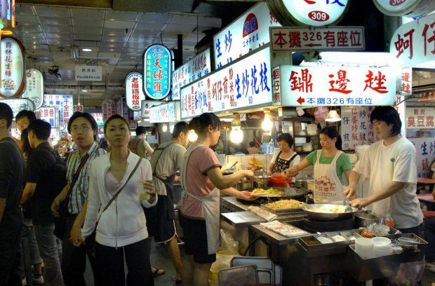 Taipei's night markets a feast for the senses — and the stomach