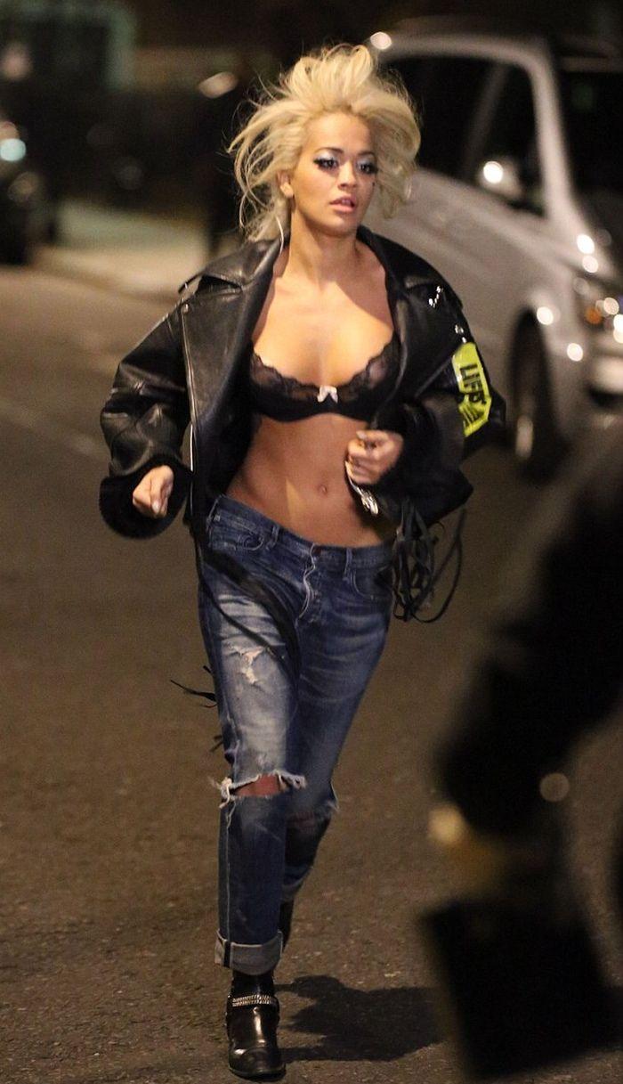 Rita Ora in Ripped Girlfriend Jeans
