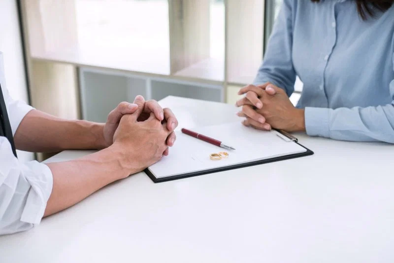 Why Every Couple Needs A Relationship Contract En 2020