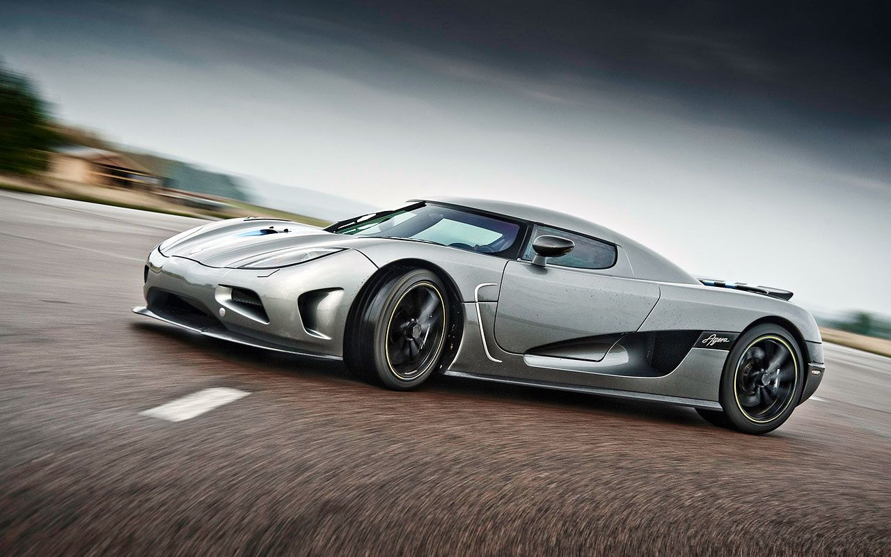Yes I Am A Car Guy 2011 Koenigsegg Agera Great Cars