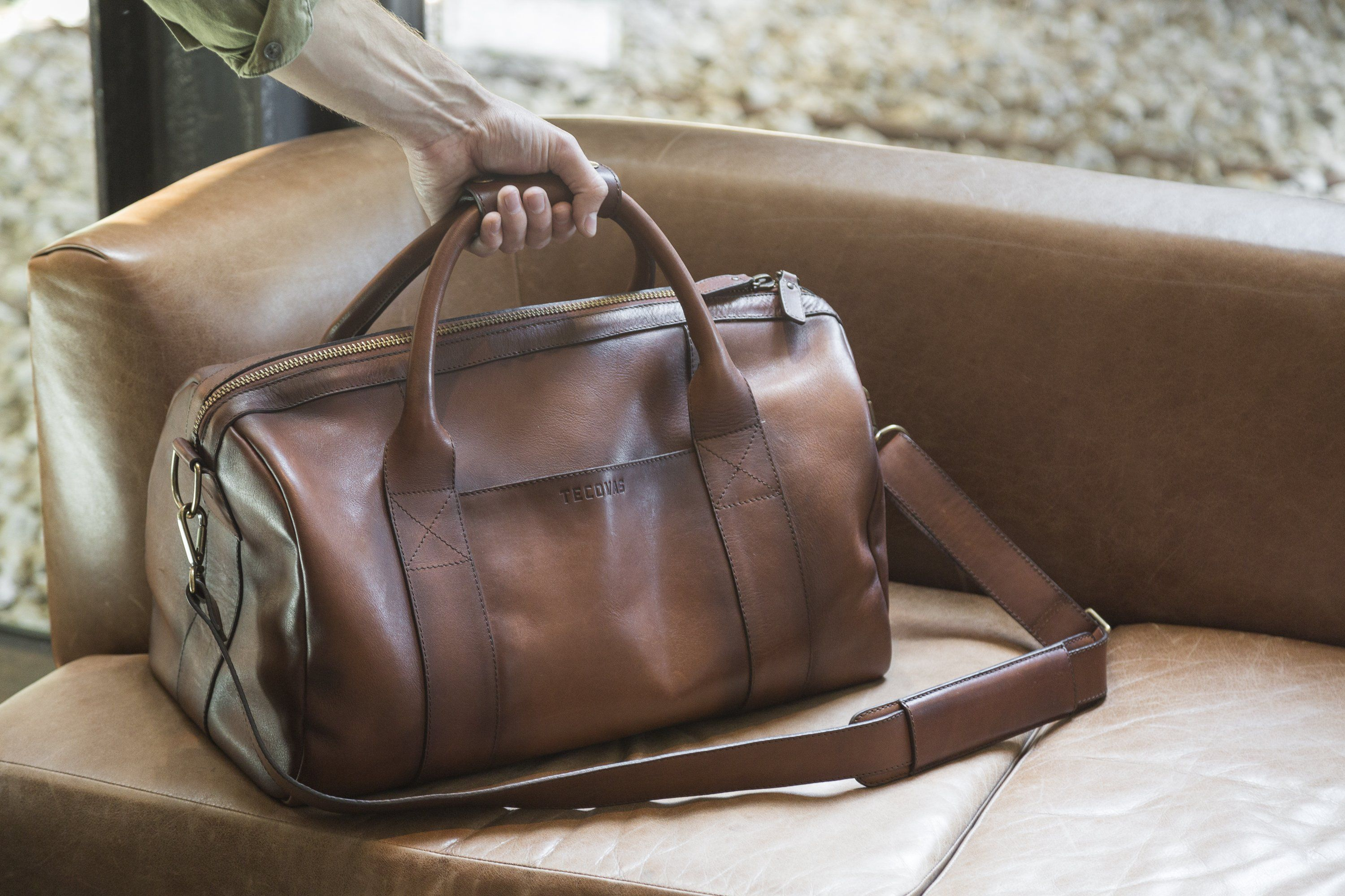 98b2bb4ae Medium Weekender Duffle - A 100% Handmade Leather Bag | Tecovas ...