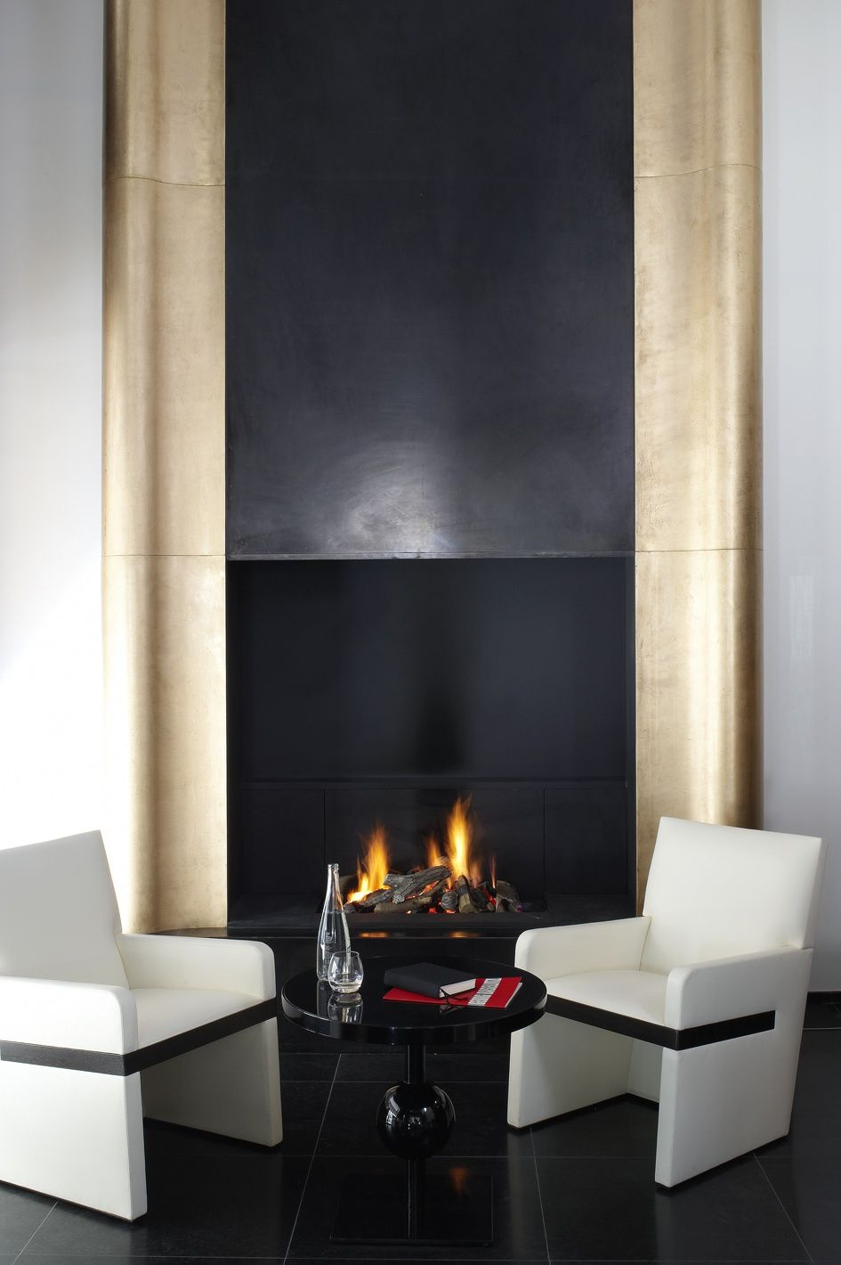 Contemporary Fireplaces For Luxury Living Rooms: Pin By Victoria Voytekunayte On Interior Design
