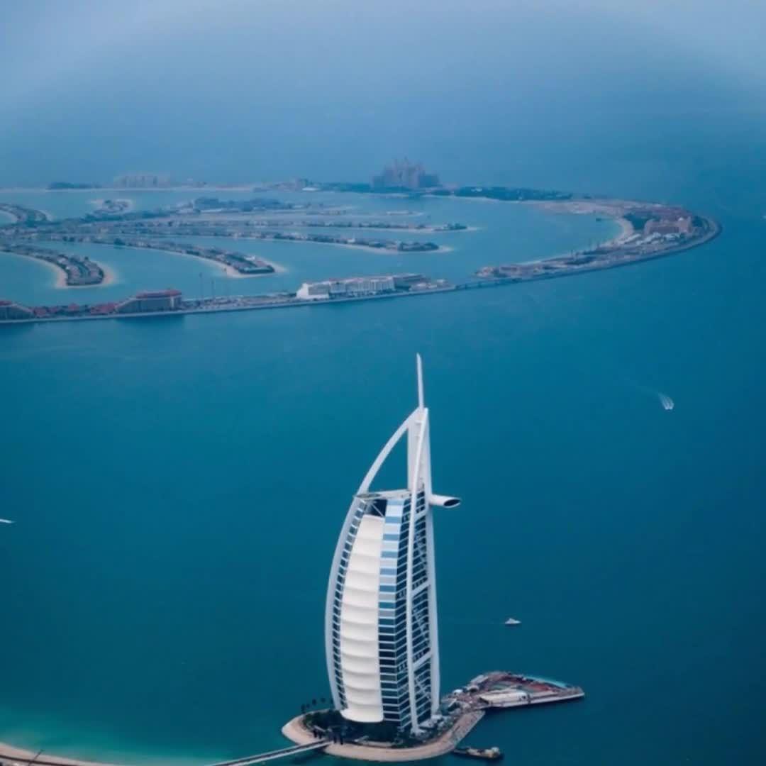 Take a picture journey of what you can experience when you travel to Dubai.     #dubai #visitdubai #dubailife #dubaicity #dubaitown #traveldubai #vacationplanning  #touristspot  #customtravelplanning #authentictravel #vacationplanning #millionmilesminute