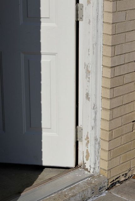 Paint an Exterior Door - And Make It Look Awesome | DIY | Pinterest ...