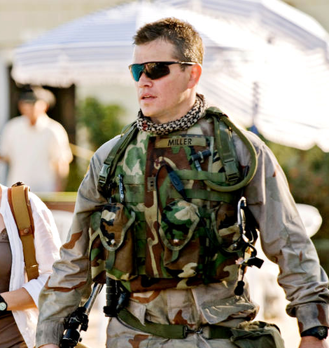 matt damon wearing oakley m frame strike sunglasses in the film green zone