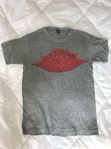 7dd70326afaab9 Vintage ORIGINAL 80s Nike Air Jordan 1 Wings Blue Tag T Shirt Gray Sz  MEDIUM