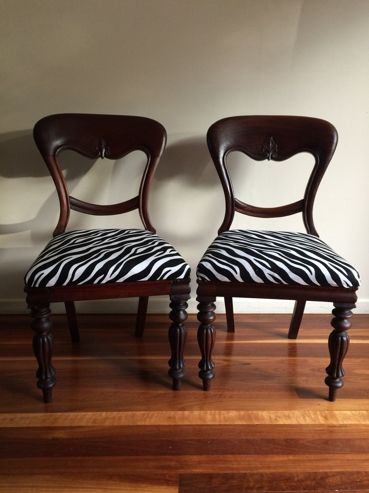 2 Balloon Back Dining Occasional Bedroom Antique Chairs in QLD | eBay - 2 Balloon Back Dining Occasional Bedroom Antique Chairs In QLD