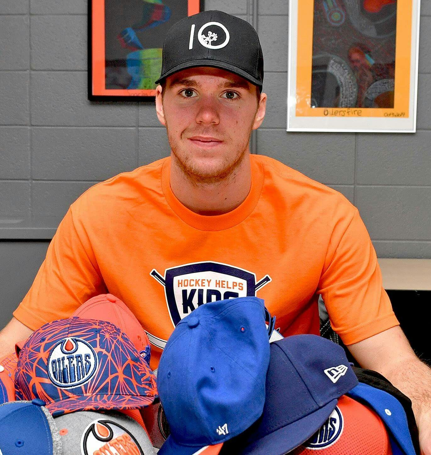 Hats From The First Hat Trick For Mcdavid Edmonton Oilers Edmonton Oilers Hockey Oilers