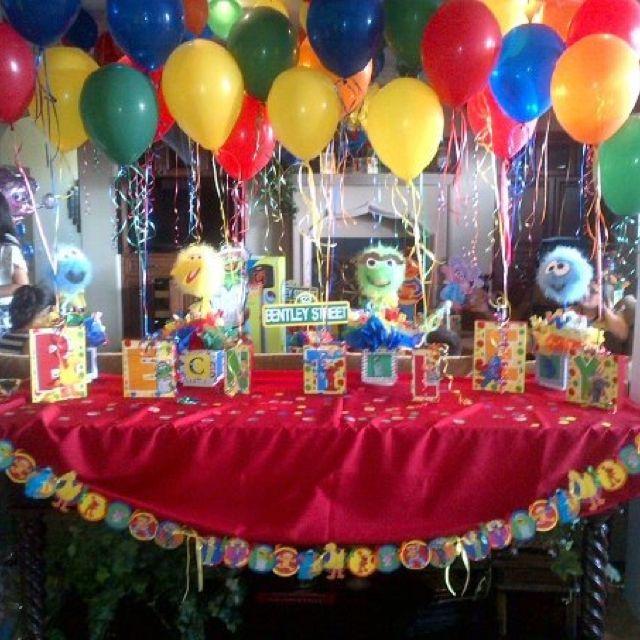 Sesame street birthday party centerpiece balloon holders