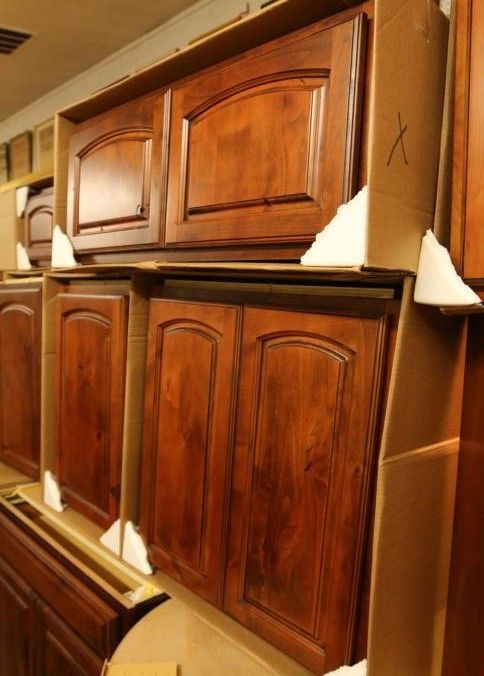 Diamond Cabinetry Vanco Whisk Kal Kitchen Cabinets With Soft Close Doors And Drawers European Hinges And Dovetail Kitchen Cabinets Soft Close Doors Cabinetry