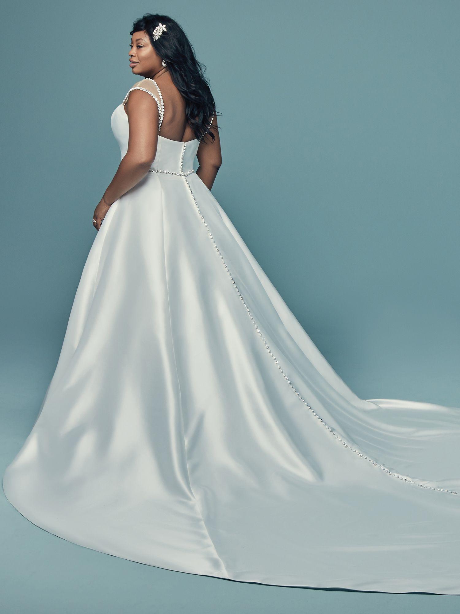 Plus size wedding dresses for curvy brides Wedding
