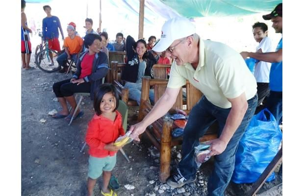 Saskatchewan farmer lends helping hand in Philippines