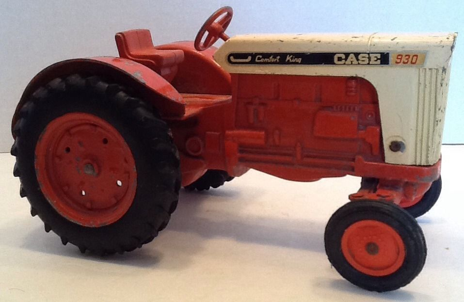 1965 Vintage Case Comfort King 930 Tractor Diecast Toy Farm ...