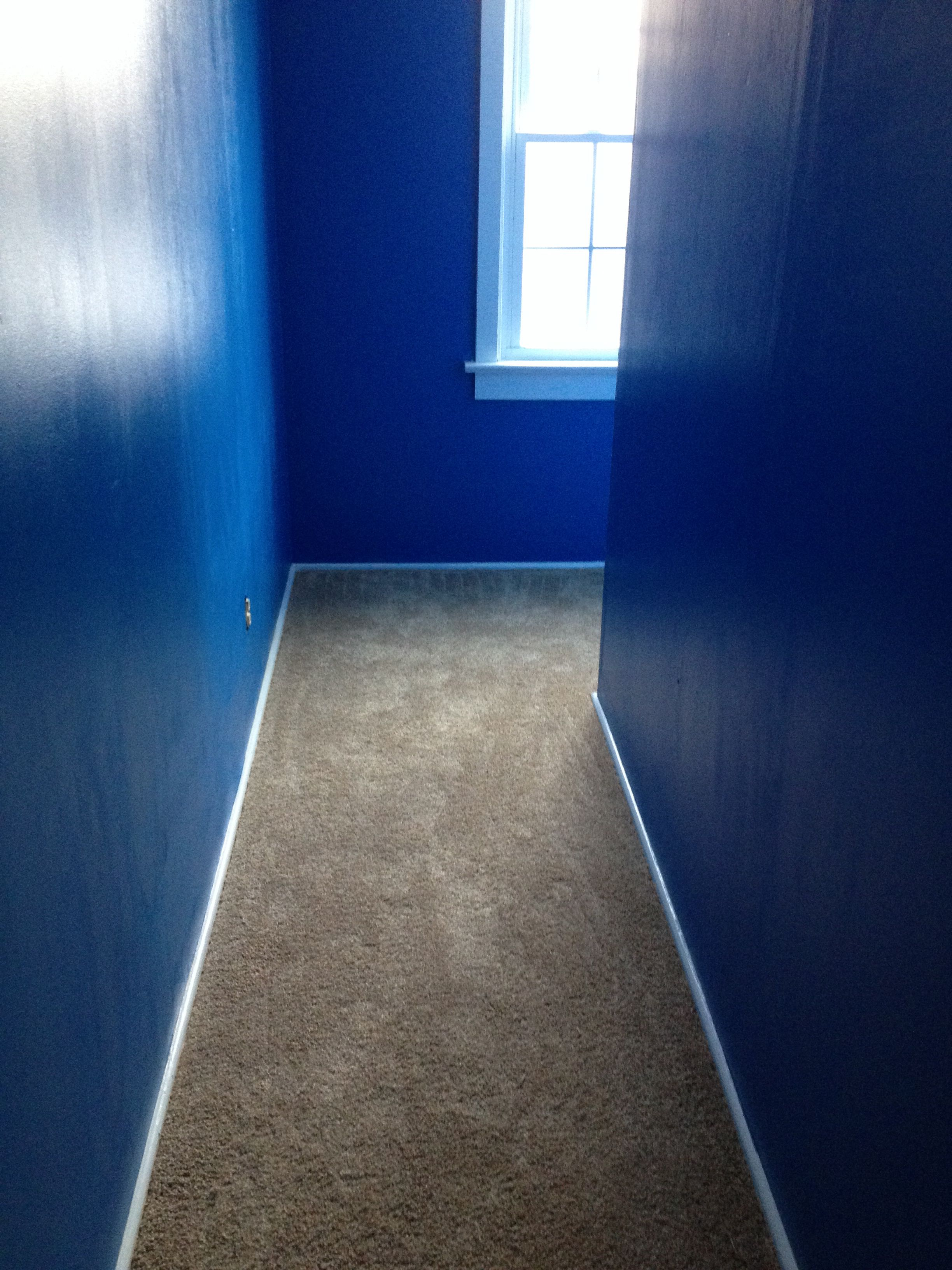upstairs hallway sherwin williams blue chip home. Black Bedroom Furniture Sets. Home Design Ideas