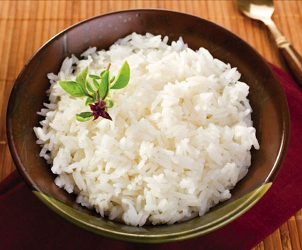 Healthier Ways to Cook with Beer Beer-Steamed Rice: Next time you're in the mood for stir-fry, swap in 12 ounces of nut-brown ale (a dark brown, sweet brew with a mild nutty flavor) instead of water to cook jasmine rice. Cooking the grain in suds instead of H2O will give it a rich, nutty flavor and a smooth texture free of lumps and clumps.  plus other re