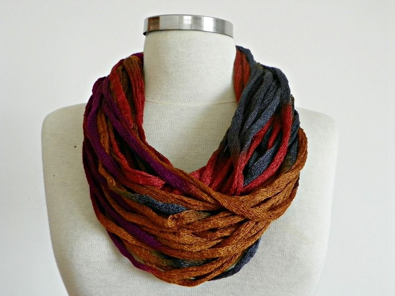 Frühjahr - Summor Infinity loop scarf   Infinity scarf - neckwarmer Frühjahr - Summor fashion women accessorie. Its warm and decorative. You w...