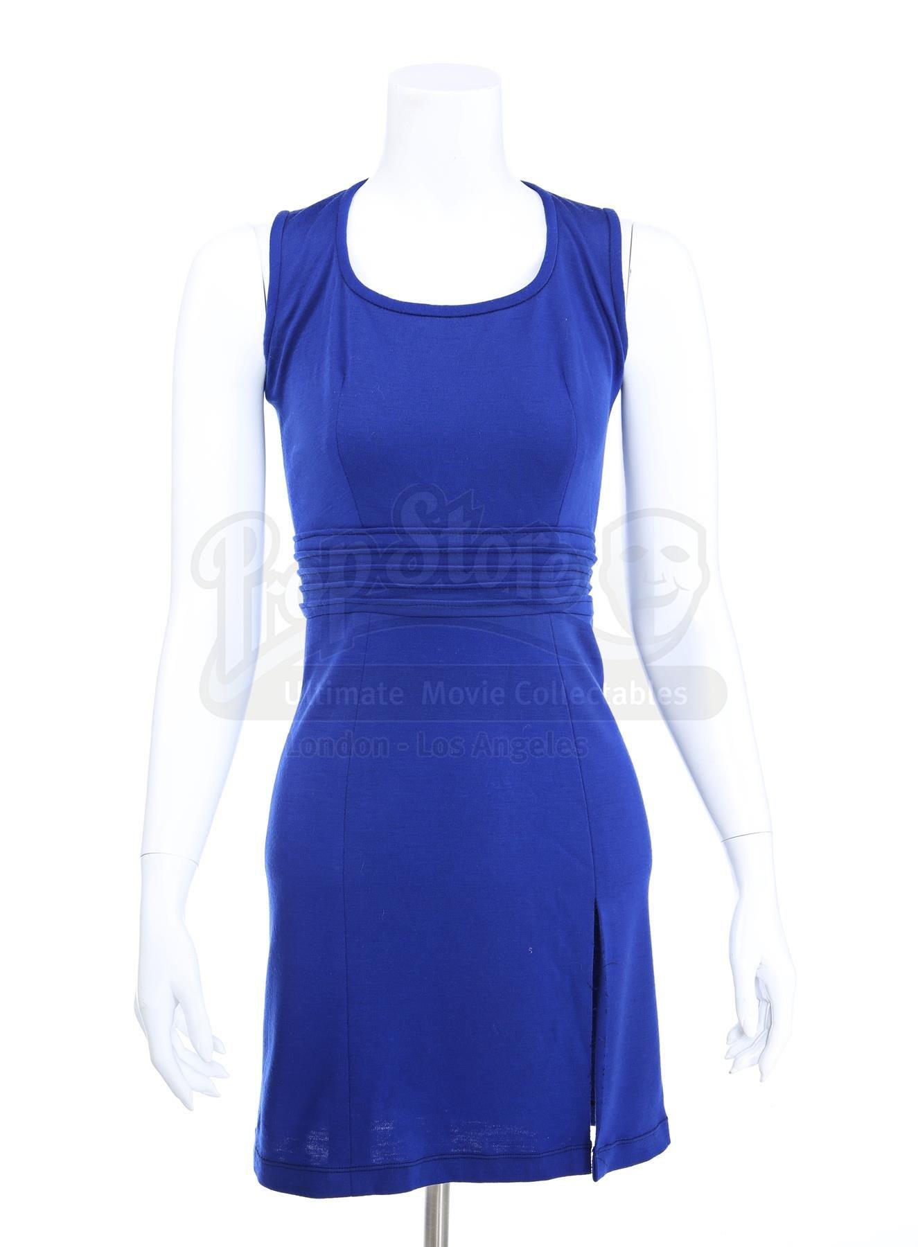 The Twilight Saga Breaking Dawn Part 2 2012 Bella Cullens Blue Transformation Dress Current Price 3200 Dress Twilight Dresses Vampire Dress [ 1800 x 1325 Pixel ]