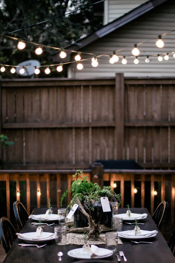 gathering // party // table setting // lights