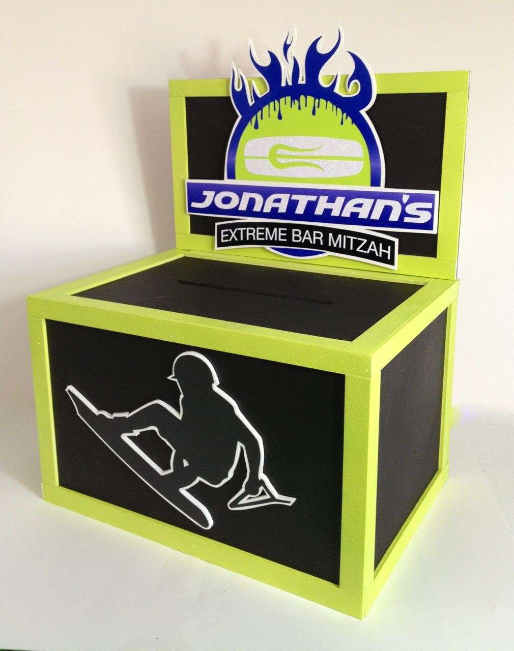 Bar Mitzvah Gift Card Box with a cool logo.#extremebarmitzvah