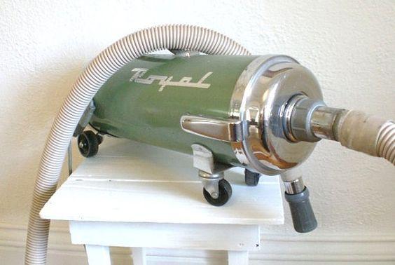 "Vacuum cleaner, ""Hoover Junior"", Hoover Ltd, England, 1940s to ..."