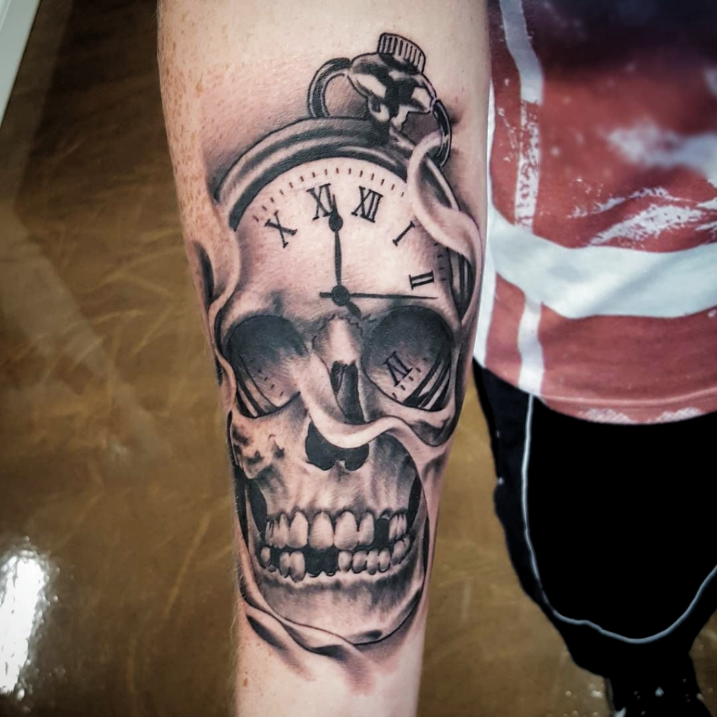 Pin By Kyle Johnson On Tattoo In 2020 Pocket Watch Tattoos Watch Tattoos Pocket Watch Tattoo
