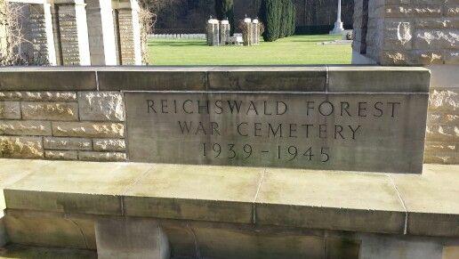 Ehrenfriedhof reichswalde