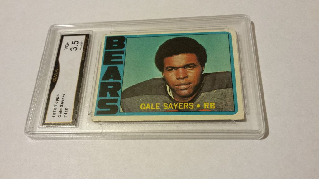Graded 1972 Topps Gale Sayers single football card