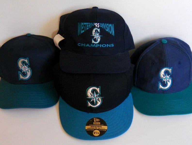 Seattle Mariners Vintage 90 s Snapbacks Caps. Left by Logo 7 422bf038dda