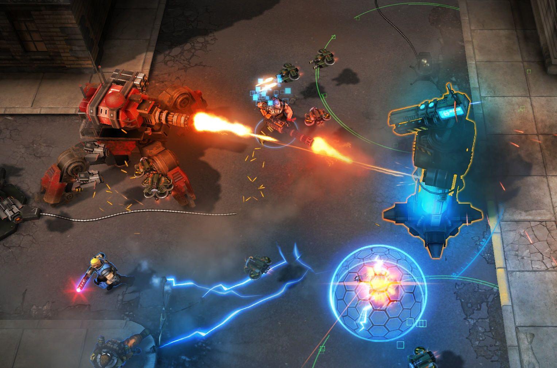 Shards of War è un Action-MOBA 2015 caratterizzato dalla possibilità di muoversi con i tasti WASD.