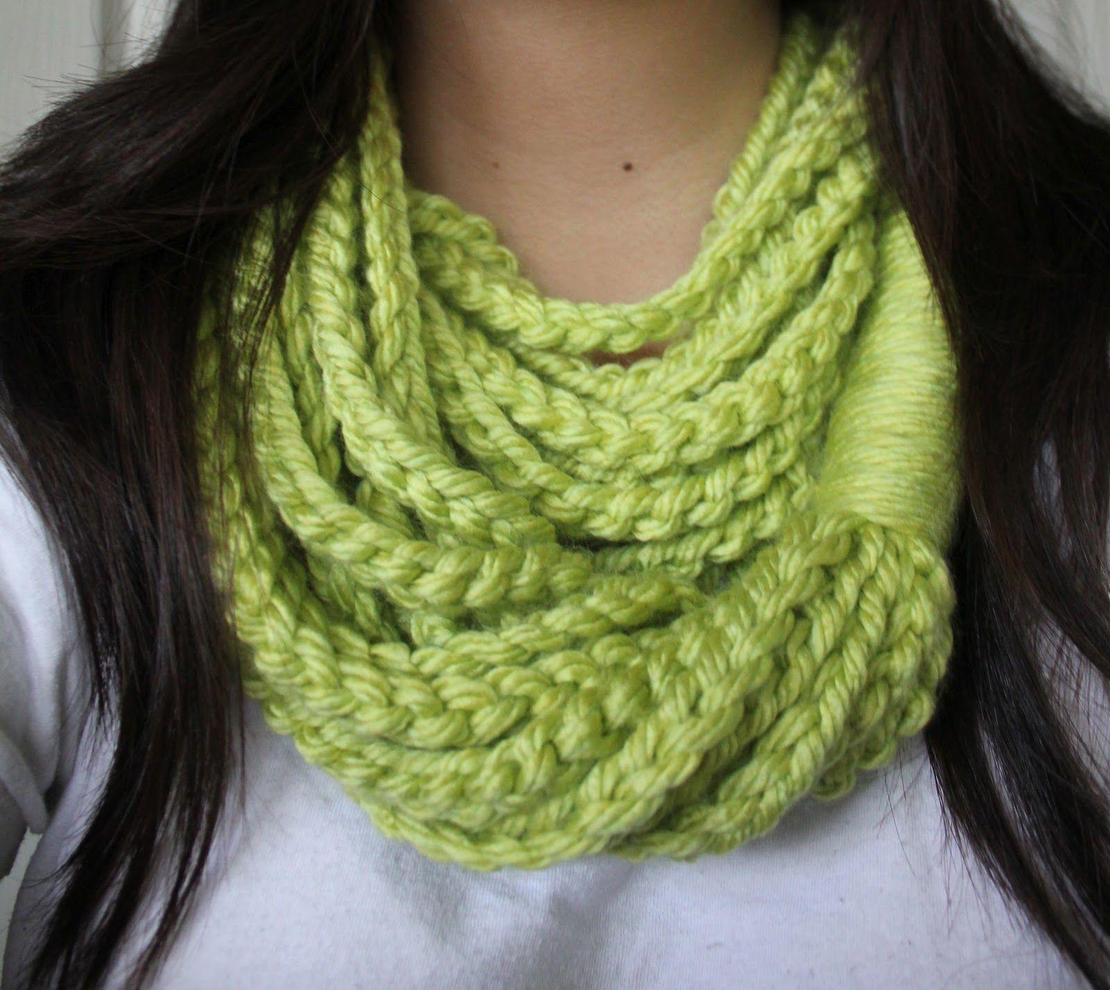 Chain Loop Scarf, got to make this! | Crochet | Pinterest | Schals ...