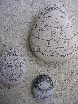 Gingerbread Cottage: Beach Stones: