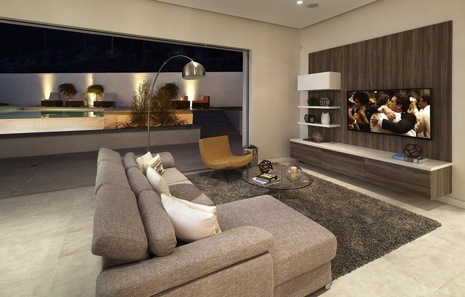 3542 Knobhill Drive Sherman Oaks The Agency Home And Living Fleetwood Doors Modern Living Room