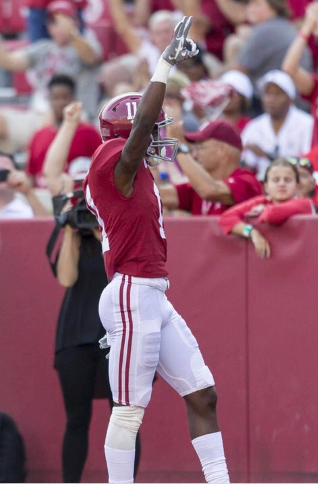 Alabama Wide Receiver Henry Ruggs Iii 11 Celebrates His Touchdown Reception During T Alabama Crimson Tide Football Alabama Crimson Tide Crimson Tide Football