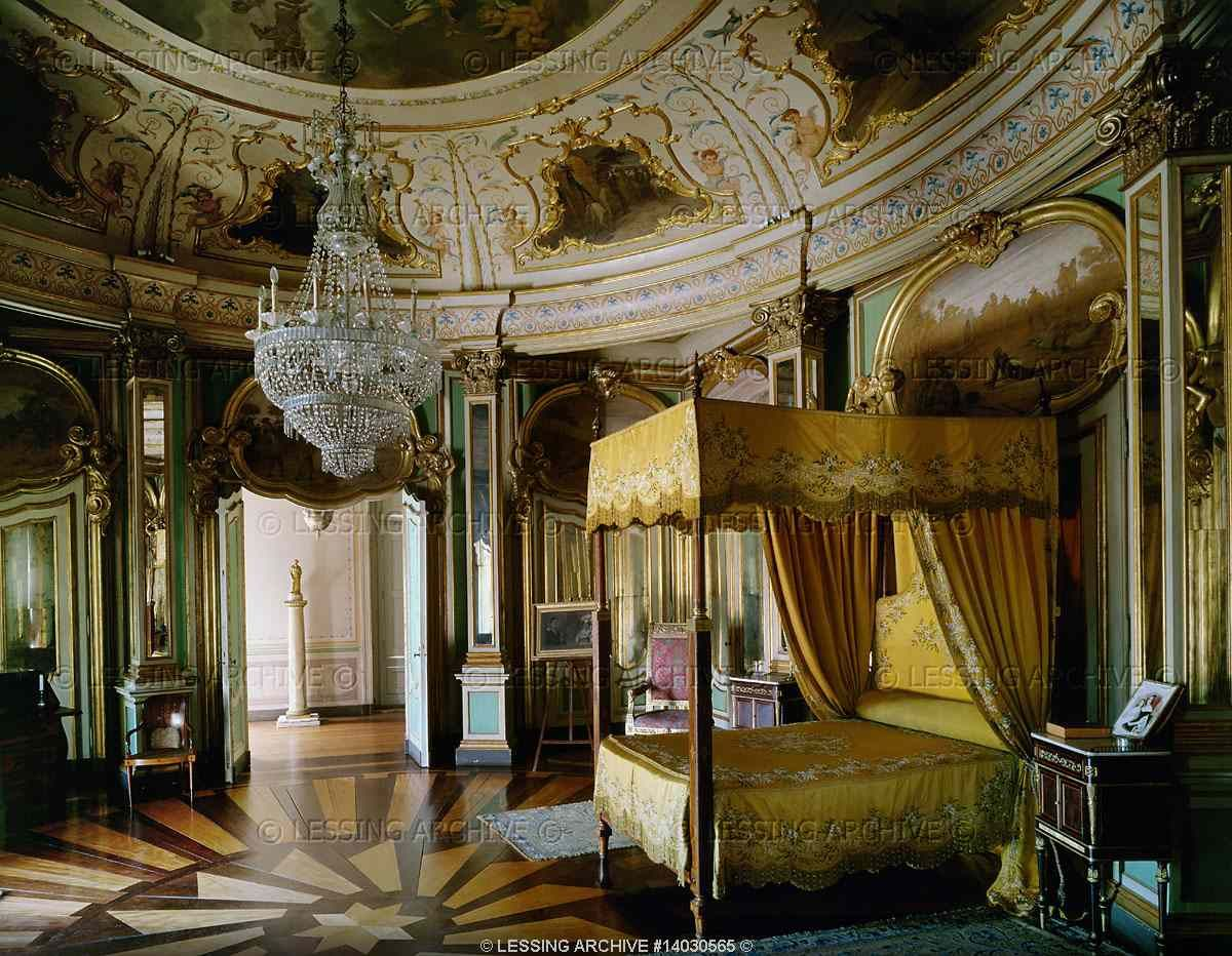The queluz national palace is an 18th century palace - Renaissance style bedroom furniture ...