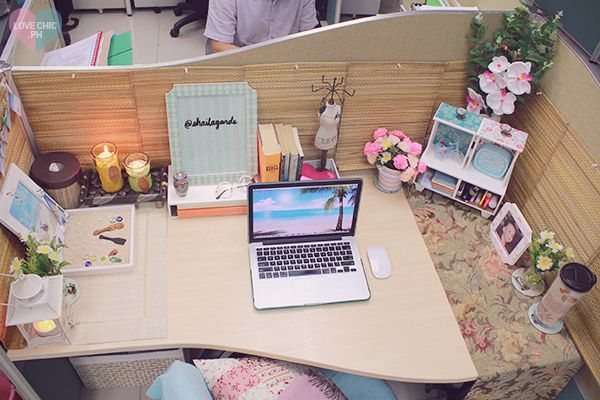 Shai lagarde love chic style blogger cubicle decor beach - Work office decorating ideas pictures ...