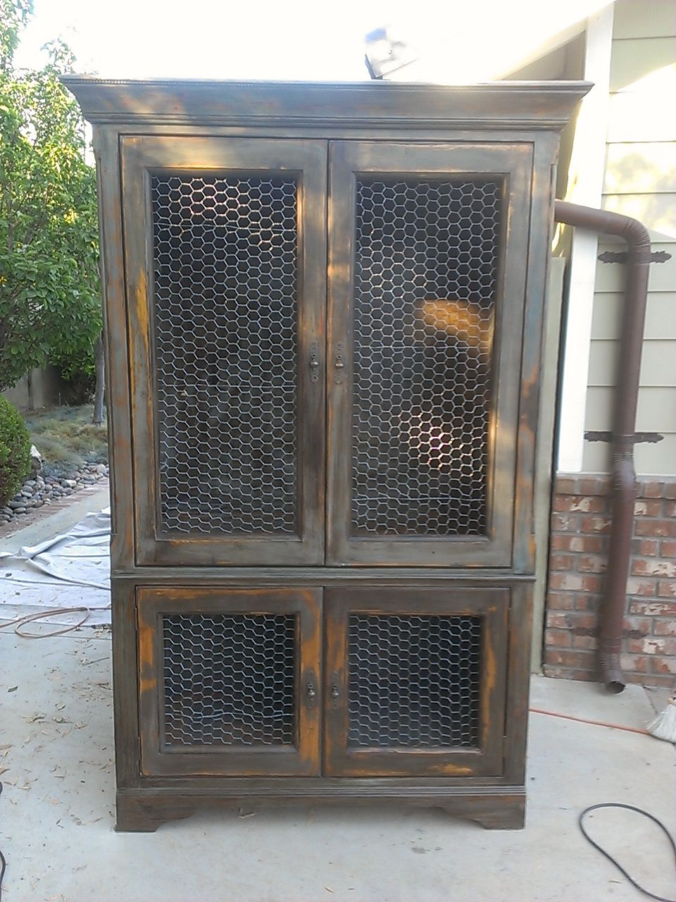 Fancy Hutch With Chicken Wire Adornment - Everything You Need to ...
