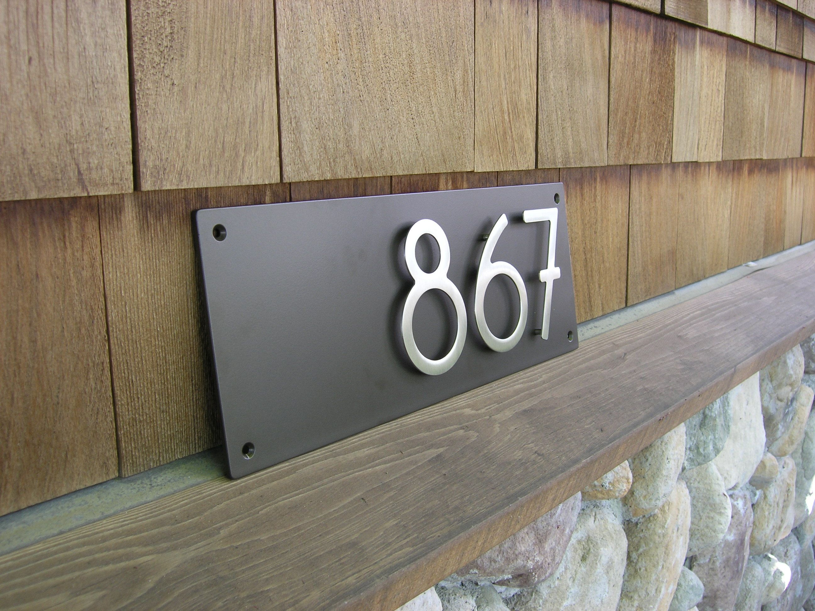 Address plaque with 5 bungalow style house numbers 3 digits for Bungalow house numbers