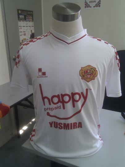 various colors 90281 2cadd Picture of Kelantan Away Jersey 2012 Original Red Warriors ...