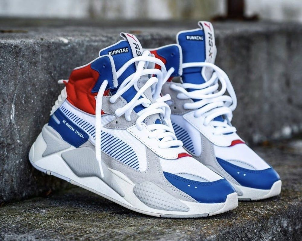 Classic sneakers, Sneakers box
