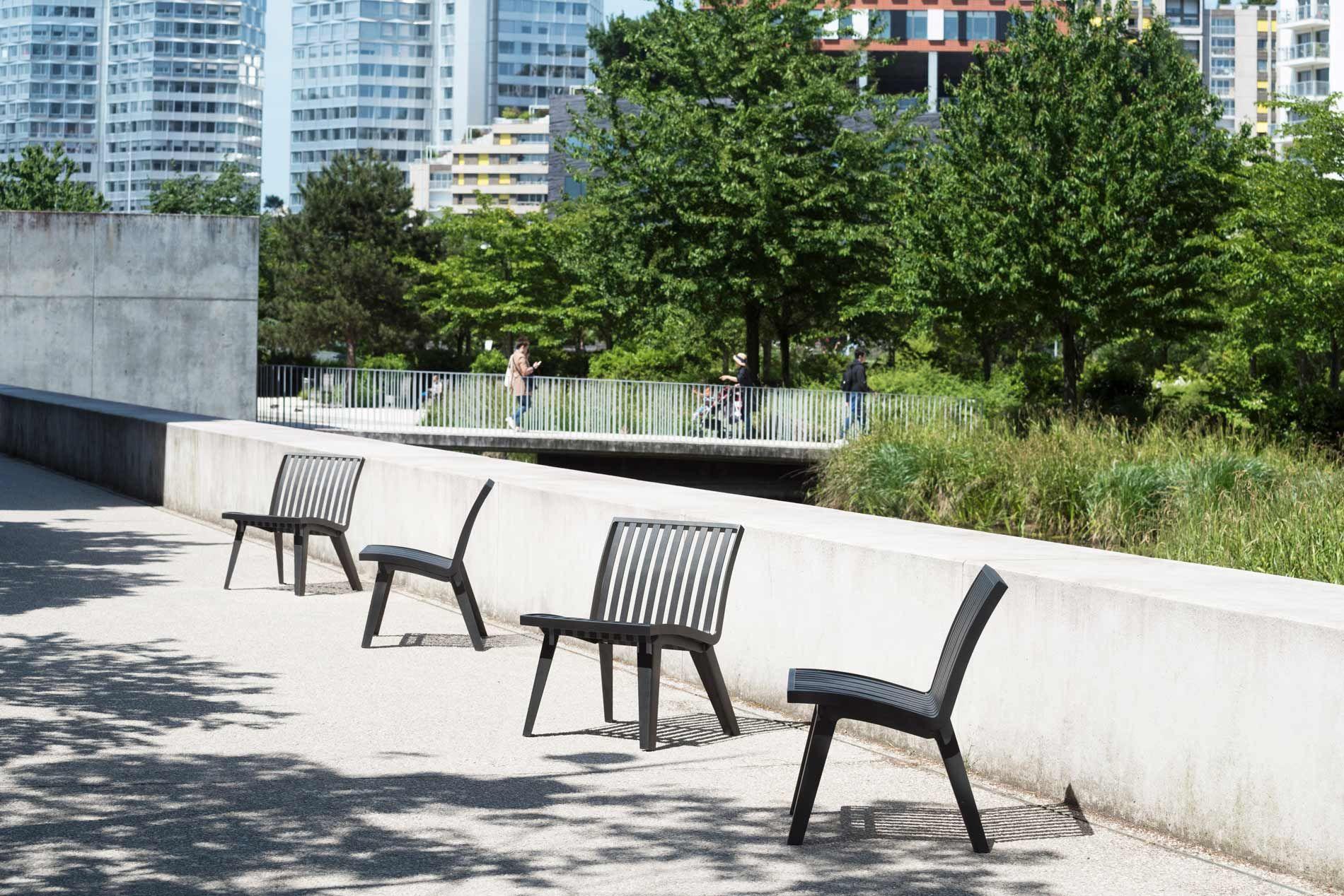 Chaise Montreal Area Mobilier Urbain Chaise Design Mobilier Decoration Exterieur