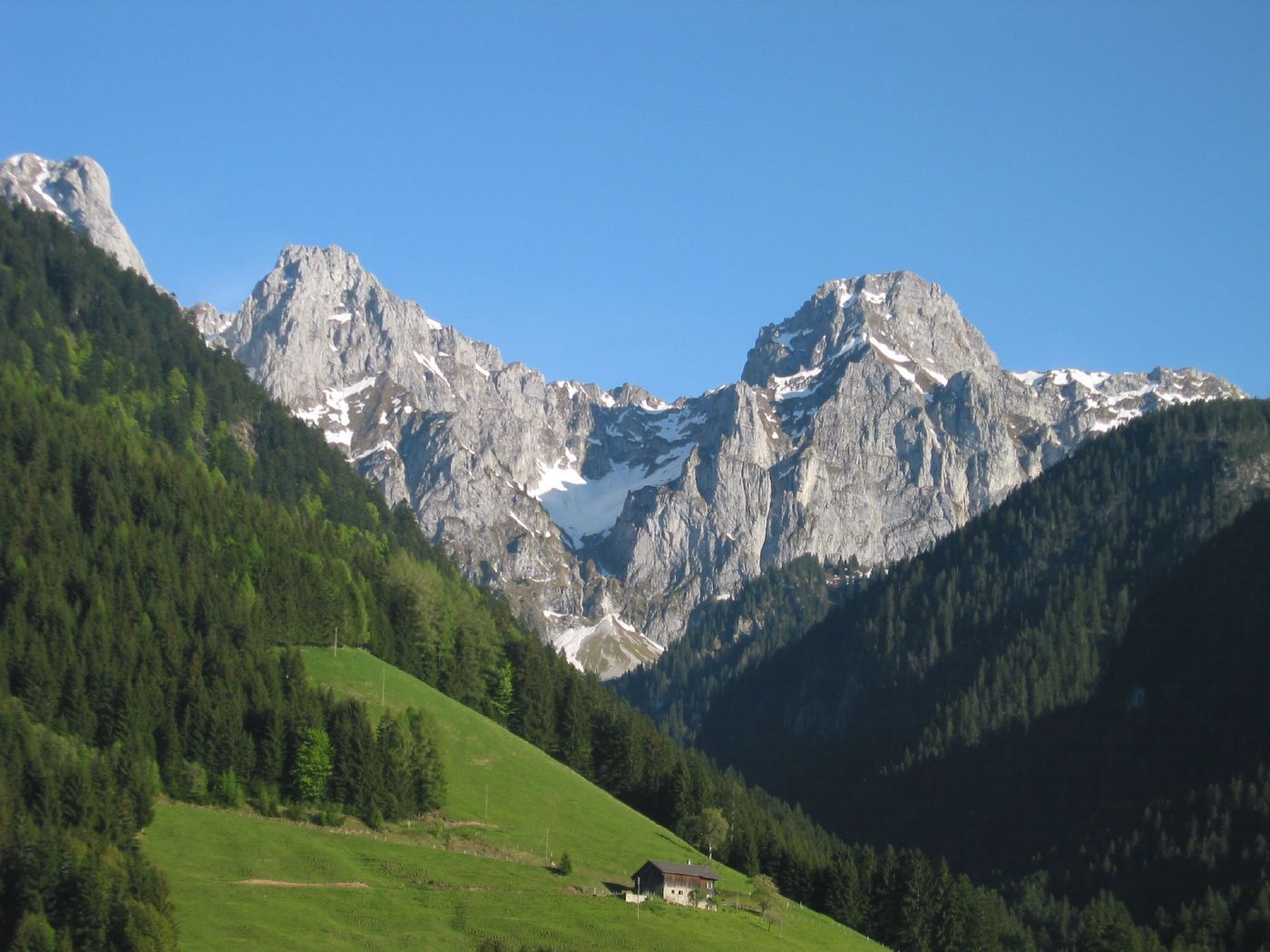 mountain view of the Swiss Alps