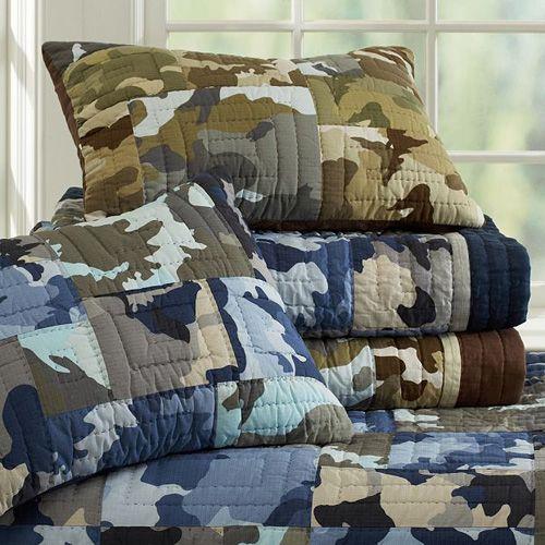 7. Pottery Barn Teen Vintage Camp Quit Set - 8 Best Bedding Sets ... : camo quilt bedding - Adamdwight.com
