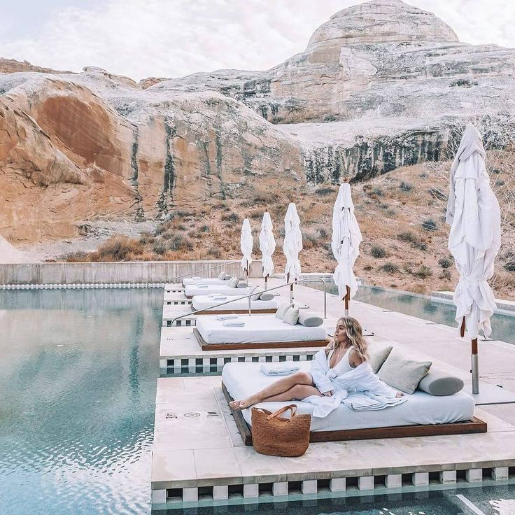 10 Gorgeous Hotels Made for Instagram