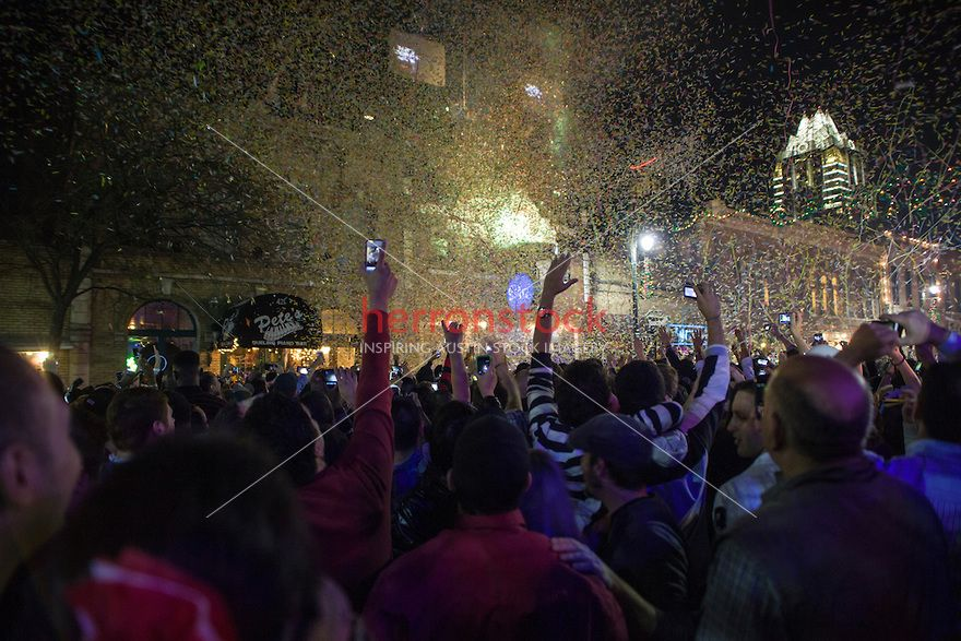 6th Street Celebration, Tens of thousands of people gather