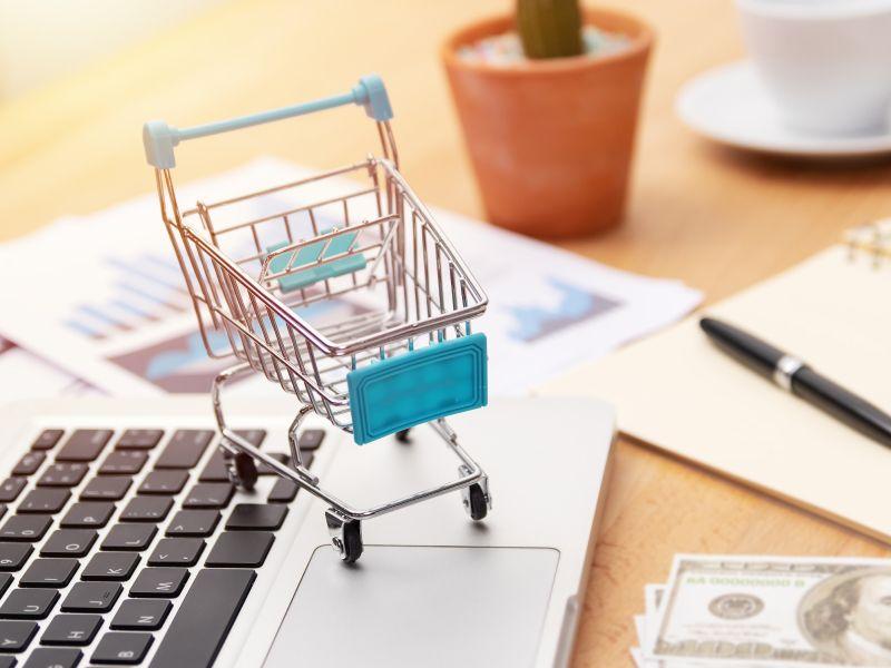 تسويق المتاجر الإلكترونية سر نجاحها Shopping Cart Shopping Online Store