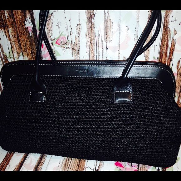 The Sak Classic Black Woven Crochet Satchel Purse Awesome used. Zip top framed closure. This is from the Elliott Lucca collection for THE SAK. Gorgeous! 7.5H x 14L. The Sak Bags Satchels