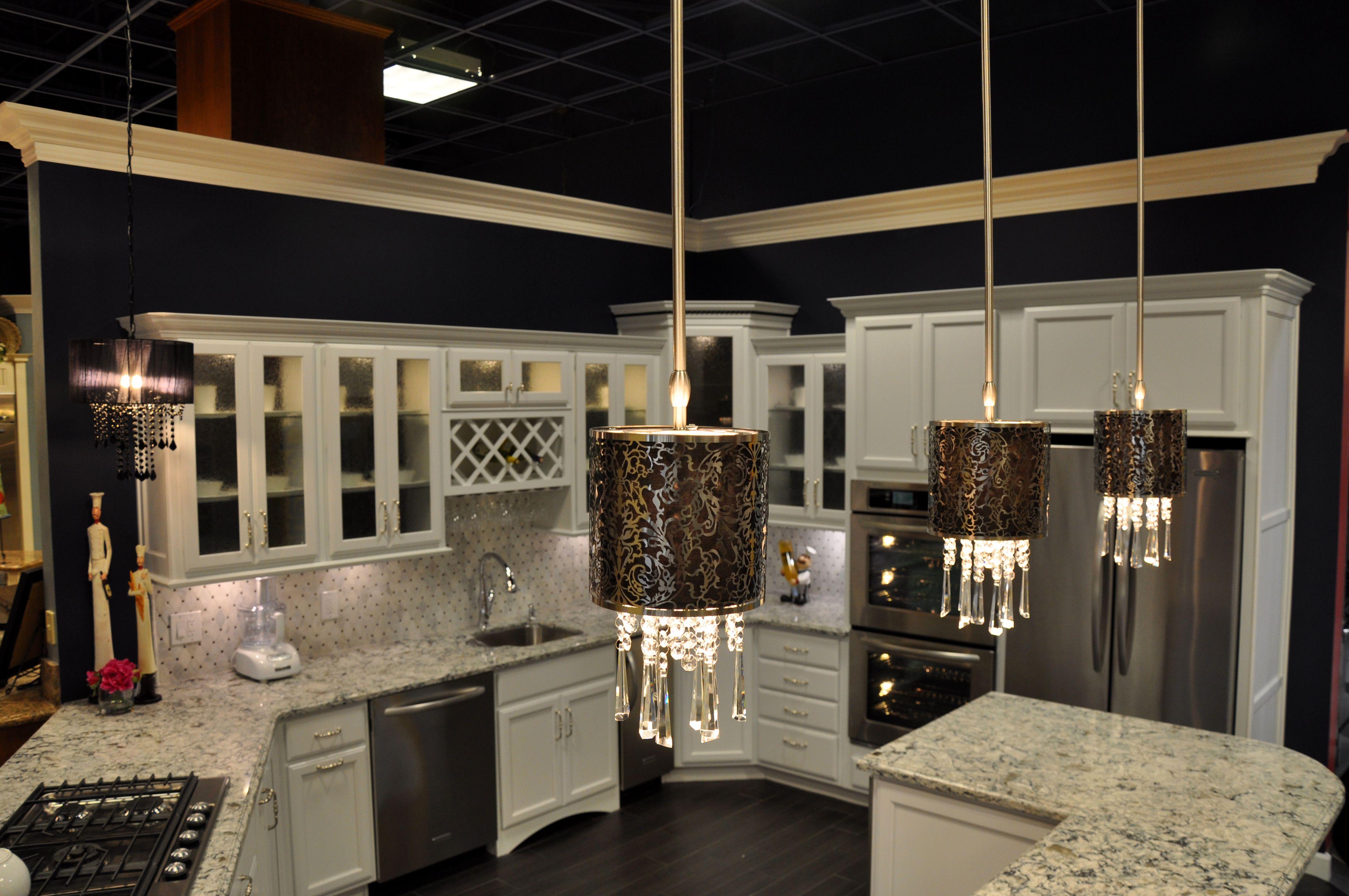 Best Kraftmaid Dove White Cabinets Cambria Praa Sands 400 x 300