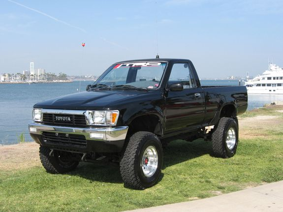 Pin By Daniel Moore On Toyota Pickups Toyota Pickup 4x4 Pickup Trucks Toyota Toyota Trucks