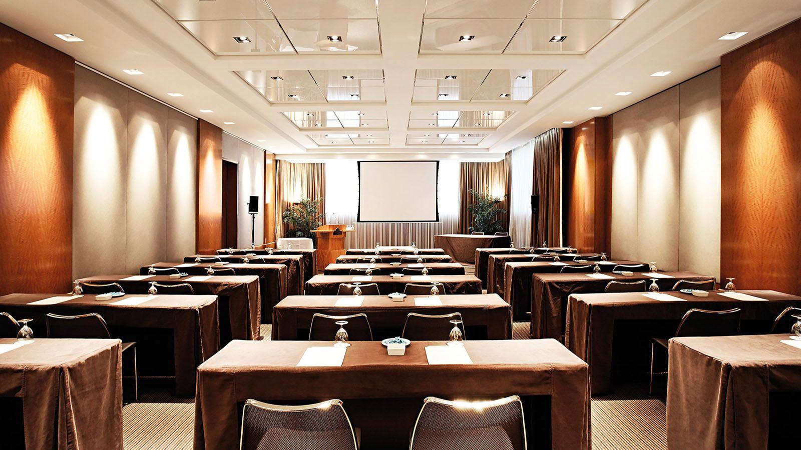 Hotel president wilson geneva in 2019 meeting room for Design hotel geneva