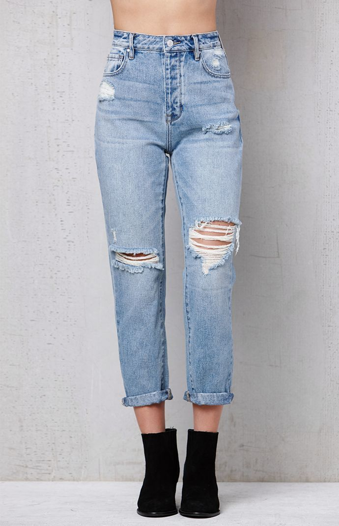 6fa9d63794 Favorite Blue Mom Jeans in 2019 | style | Blue mom jeans, Ripped mom ...